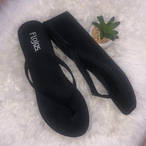 FLOJO's Olivia Wedge FLIP FLOPS Sandals